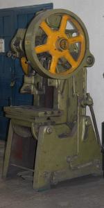 Stamping Machine - Máy dập hình